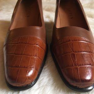 Narrow leather animal print Ralph Lauren heels 8